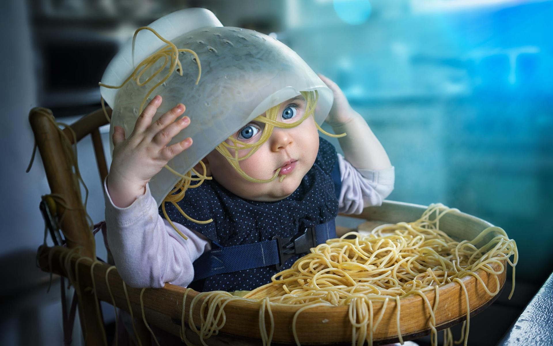 Вещи, которые не делает счастливый ребенок