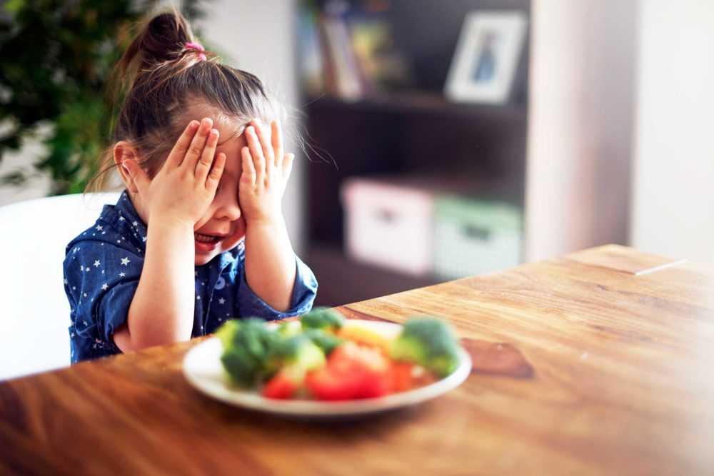 Почему нельзя заставлять ребенка есть через силу?