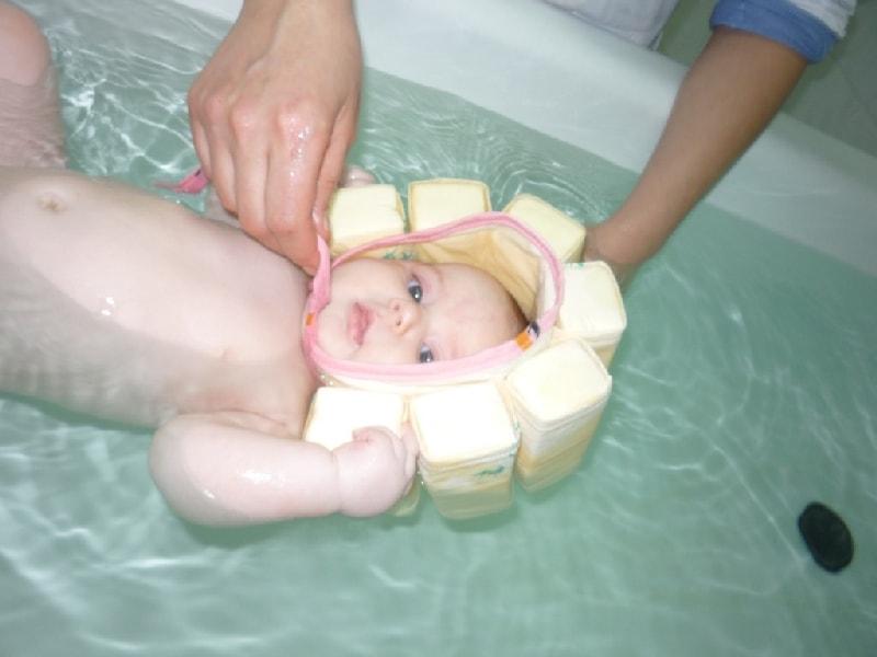 Грудничковое плавание – дома в ванной или в бассейне, плюсы и минусы - agulife.ru
