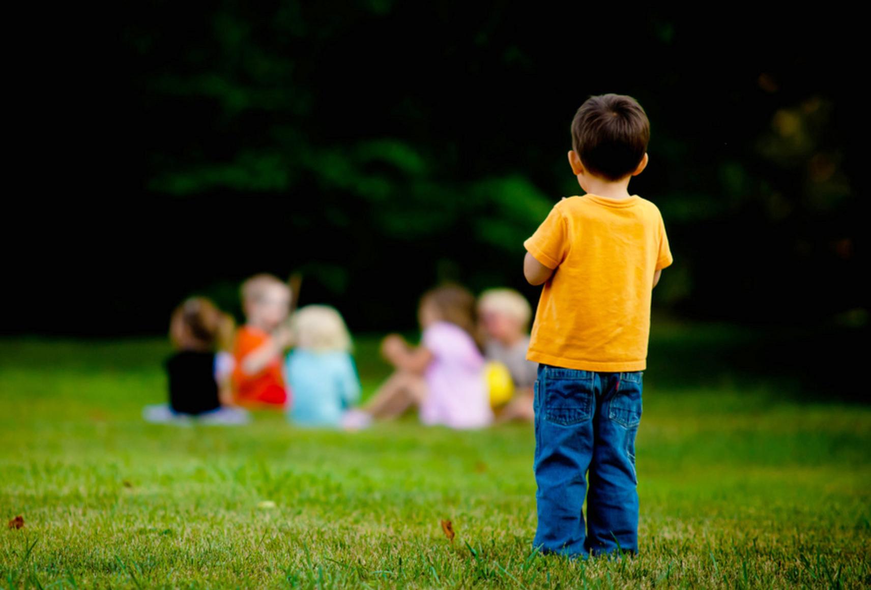 7 причин, почему с ребенком не хотят дружить другие дети ❗️☘️ ( ͡ʘ ͜ʖ ͡ʘ)