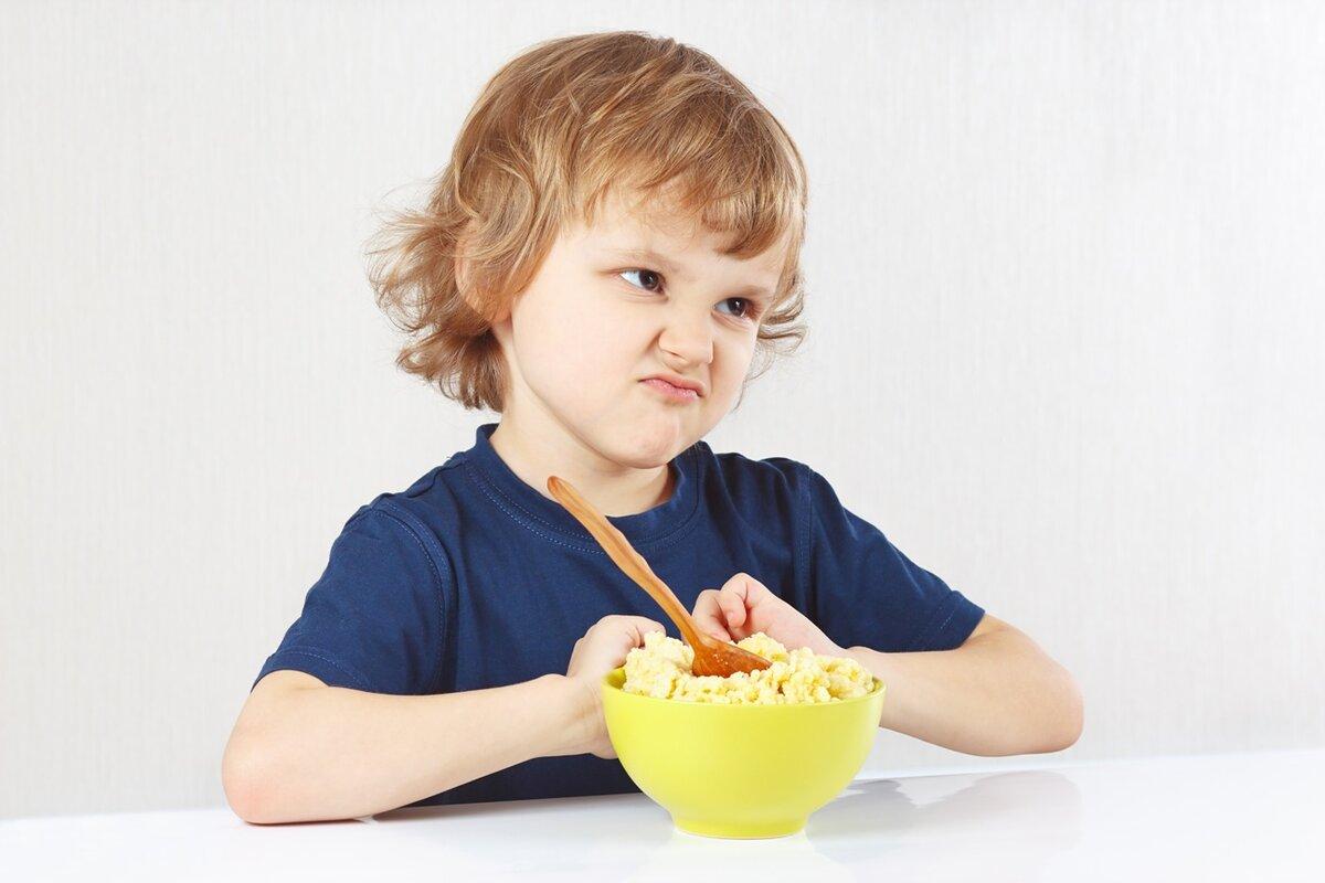 Ребенок не ест в садике: что делать