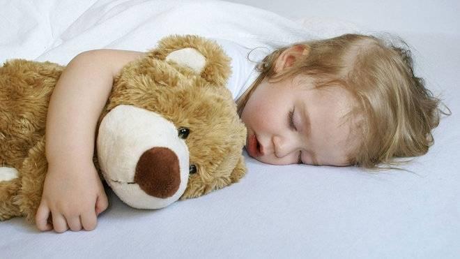 Ребенок храпит во сне соплей нет, что делать