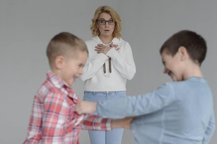 Что делать, если ребенка обижают в школе? советы психолога