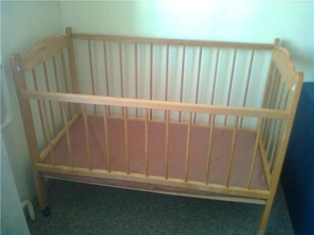 Окрашивание и декорирование детской кроватки своими руками
