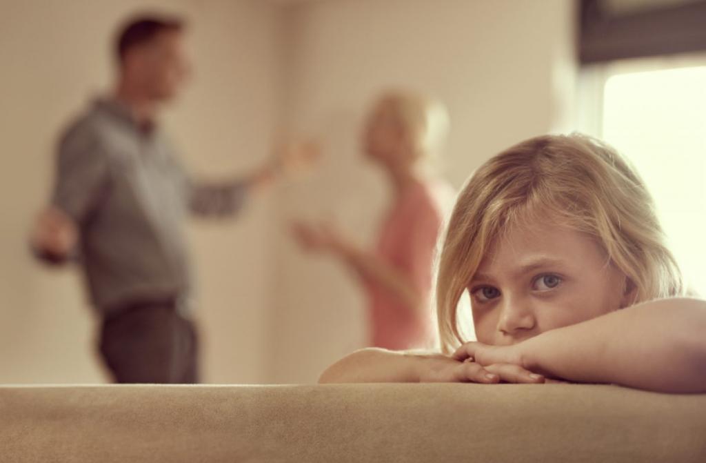 Что делать если родители пьют: советы психологов