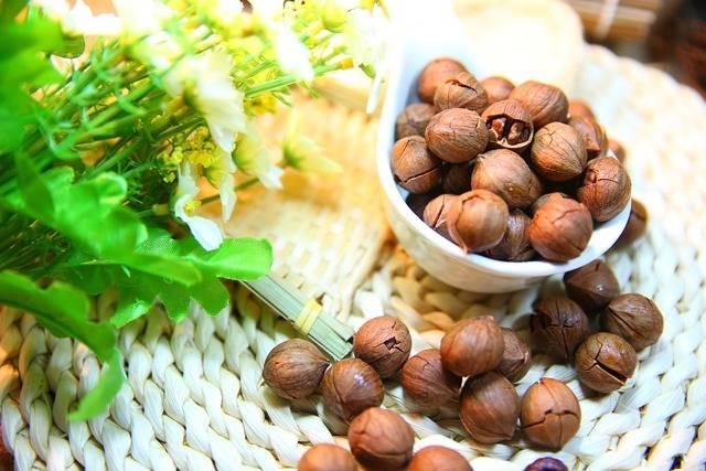 Можно ли есть орехи при беременности? чем полезны?