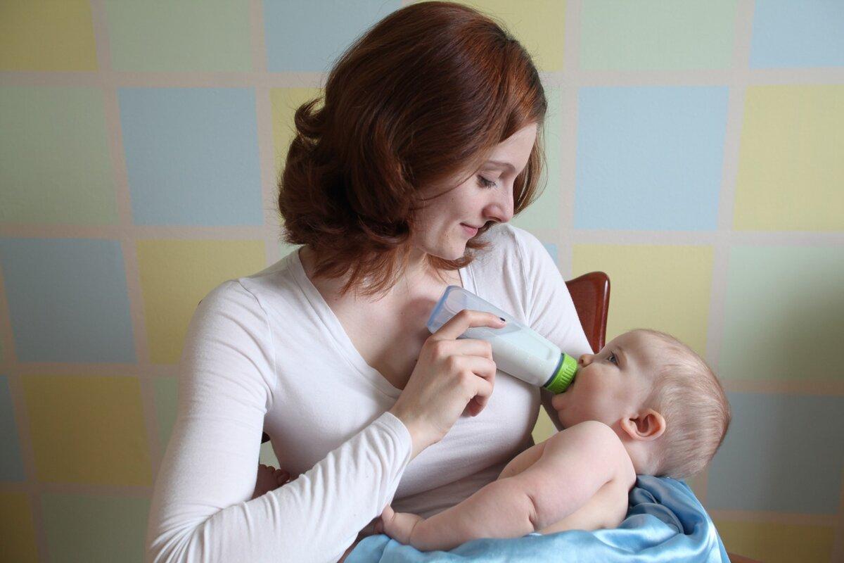 Грудное молоко - не только питание и питье, но и развитие.