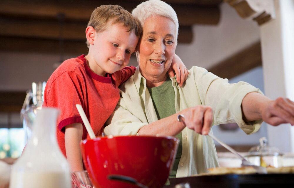30 вещей, которых никогда не должны делать бабушки и дедушки
