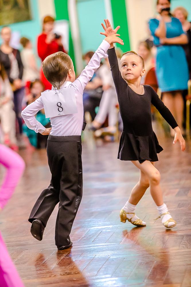 Танцы для девочек 10-12 лет: на какие танцы отдать ребенка, видео