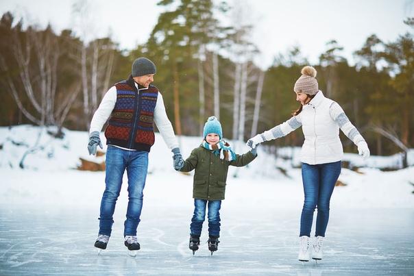Как гулять в мороз? как одевать малыша на прогулку?