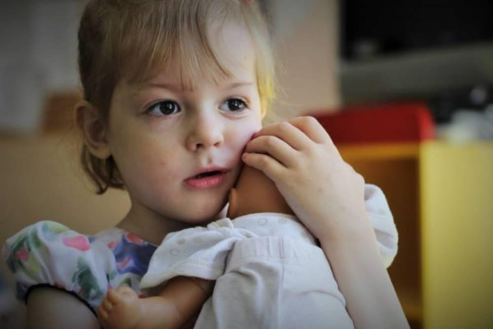 Точка (не)возврата: почему приемные родители отказываются от детей и как это предотвратить - тасс