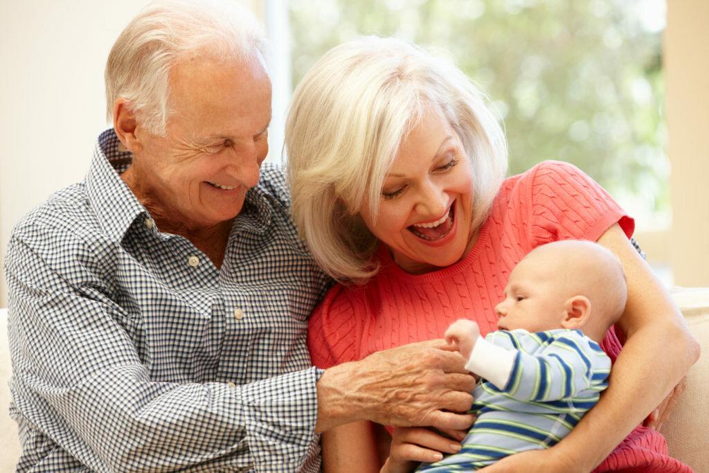 Если бабушки и дедушки против неродных внуков
