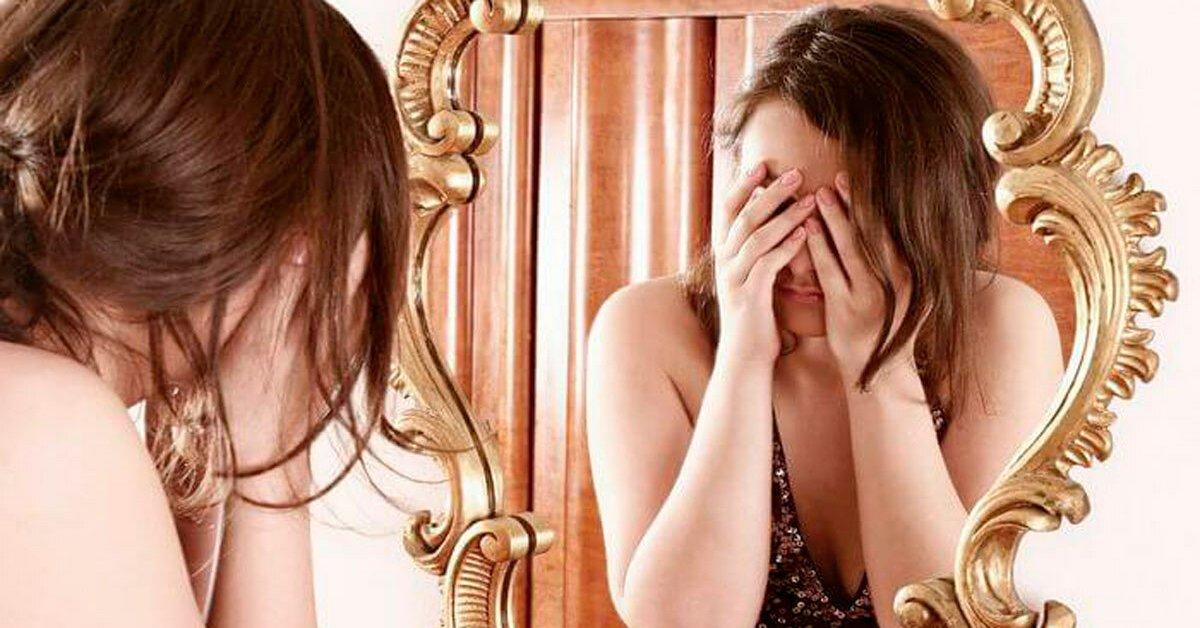 С какого возраста малышу можно показывать зеркало | parents