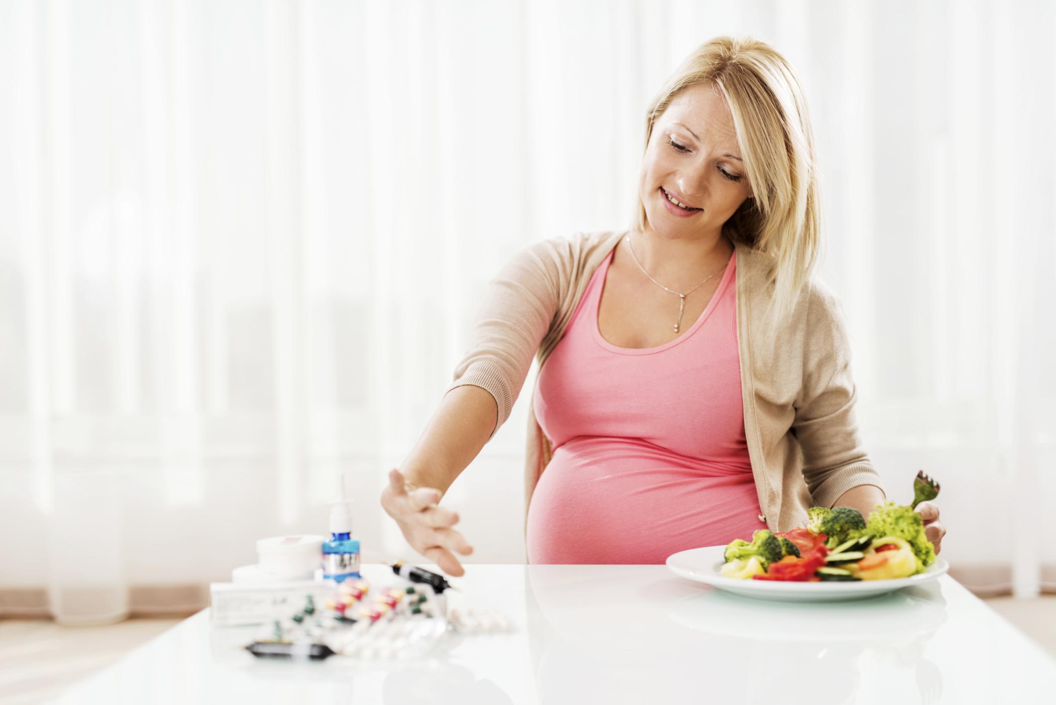 16 самых вредных продуктов для женского здоровья