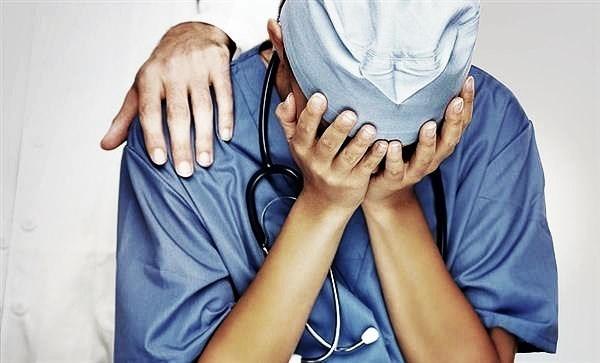 Младенец упал – что делать родителям, когда нужна помощь врача