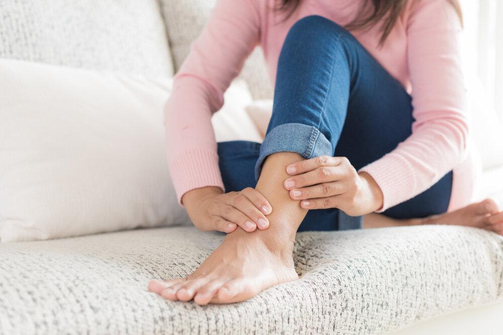 У ребенка болят руки ноги