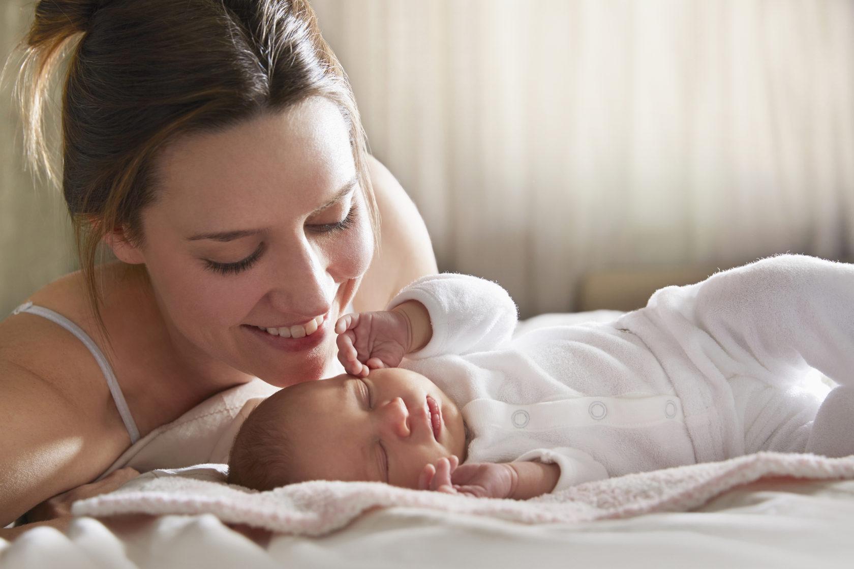 Не игнорируйте эти 10 ошибок в уходе за новорожденным, если вы молодая мама