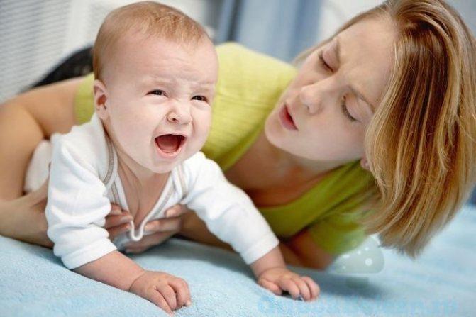 Причины плача новорожденного перед мочеиспусканием