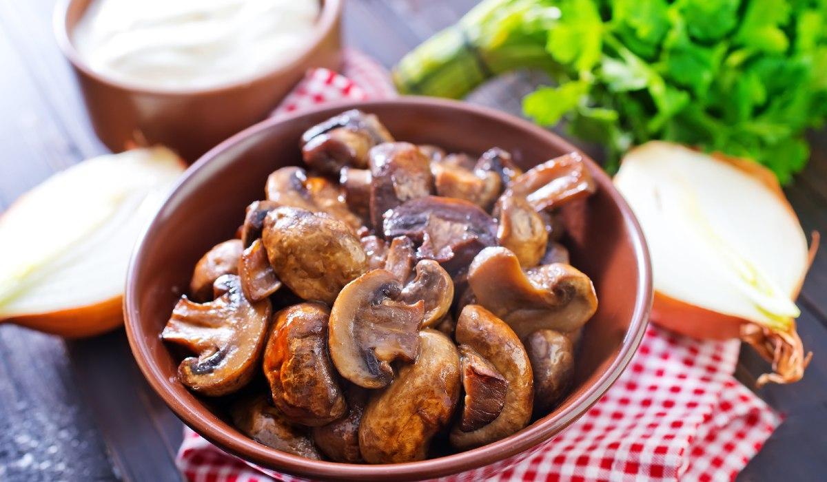 Возраст ребенка для введения грибов в прикорм: когда можно давать шампиньоны