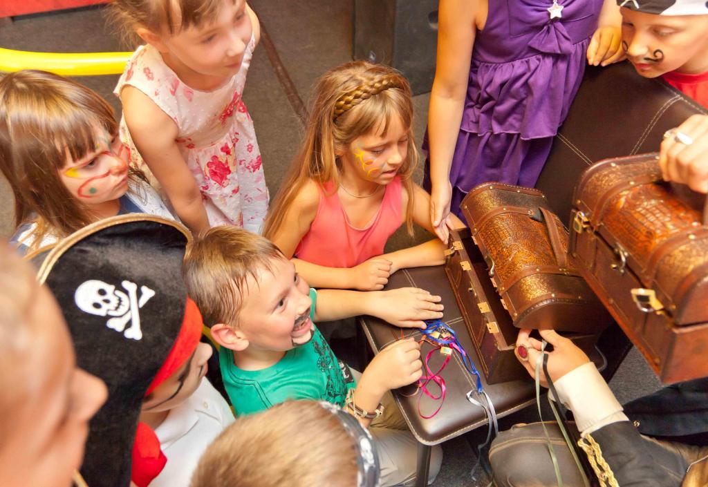 Конкурсы и развлечения для детей на новый год