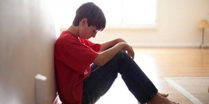 Что делать, если у мальчика болит яичко. почему у ребенка болят яички при прикосновении: причины дискомфорта, симптомы и лечение мальчика