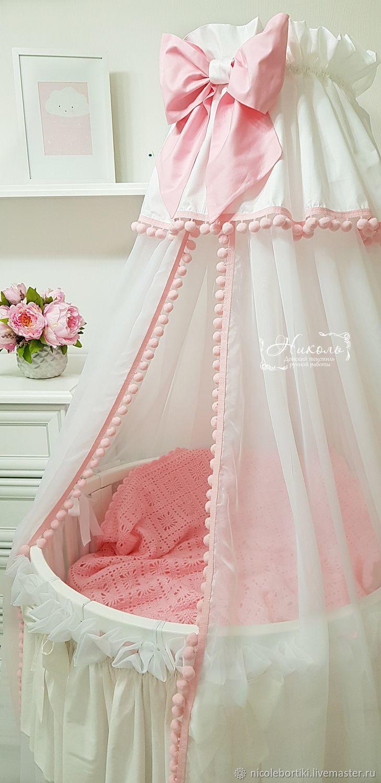 Балдахин на детскую кроватку: виды, способы крепления и размещения, инструкция по изготовлению своими руками