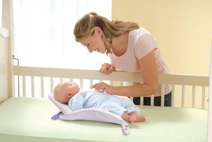 Полезно ли ребенку спать на животе
