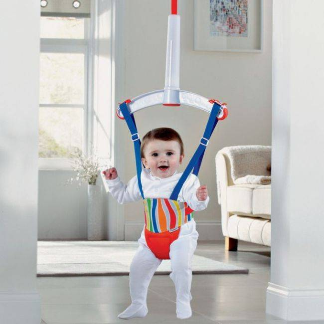 Прыгунки для детей: с какого возраста можно применять по доктору комаровскому, отзывы