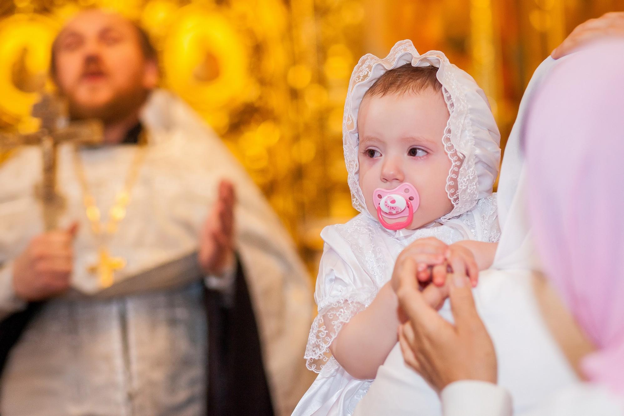 Кем приходится крестный отец отцу ребенка: названия, родственные связи, распространенные заблуждения