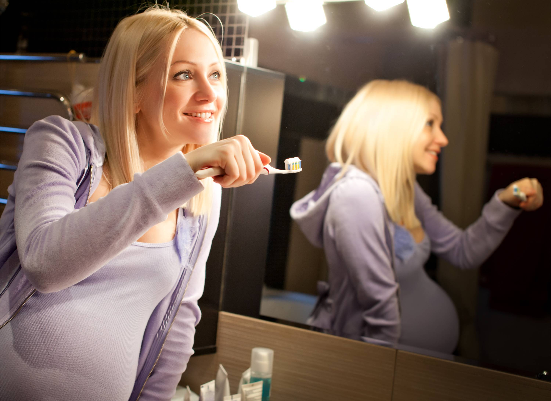 Роль триместра в стоматологии, или на каком сроке беременности можно лечить зубы