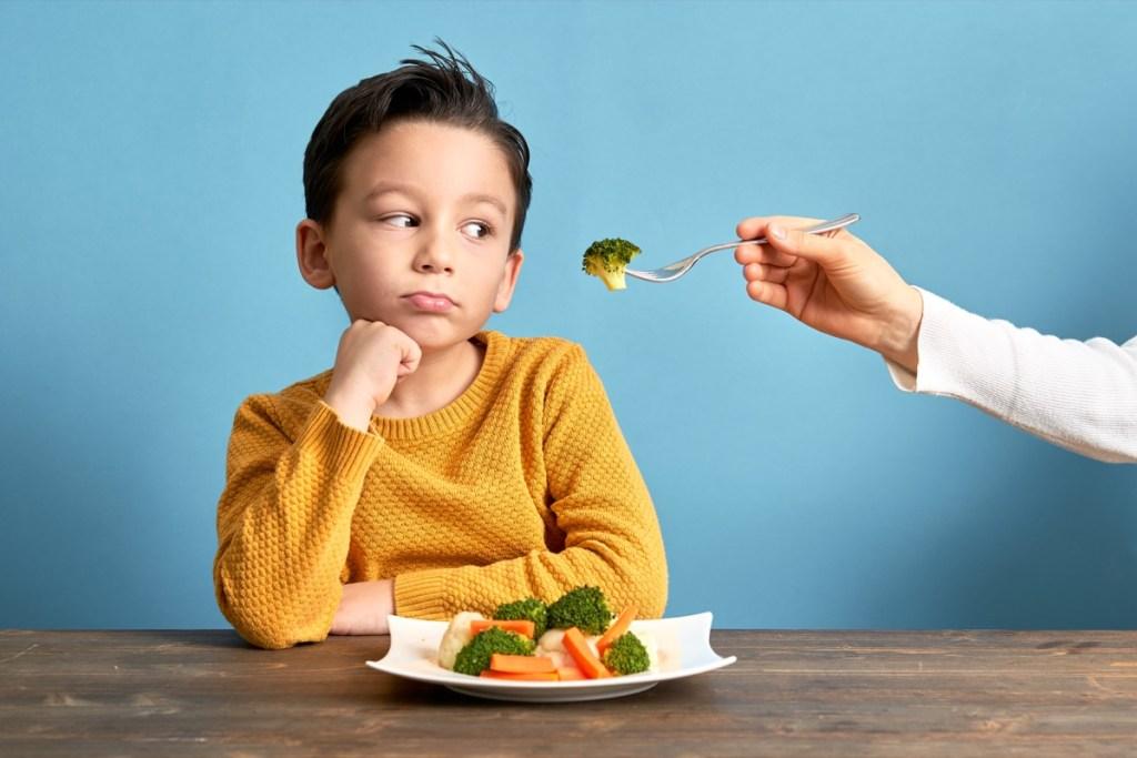 """Как уговорить ребенка есть овощи: 7 советов - «я и дети» » я """"женщина"""" - я """"всё могу""""."""