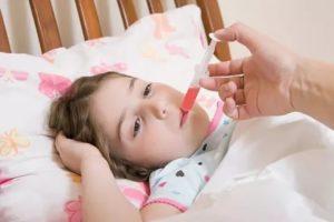 Как дать ребенку лекарство без проблем