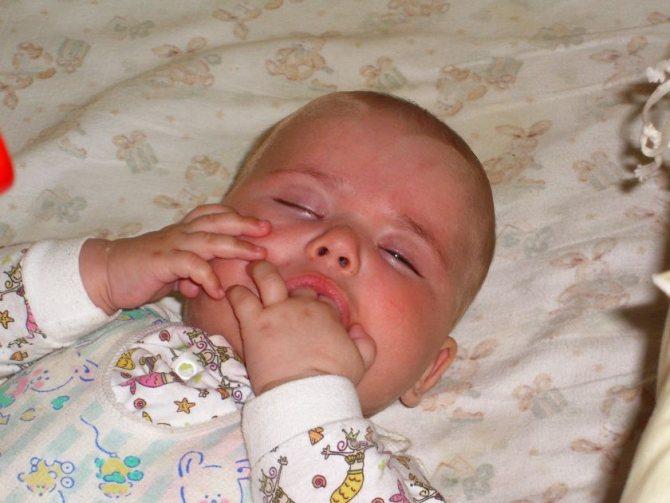 Ребенок плохо спит? 9 мифов о сне новорожденного. как уложить ребенка спать - сон младенца