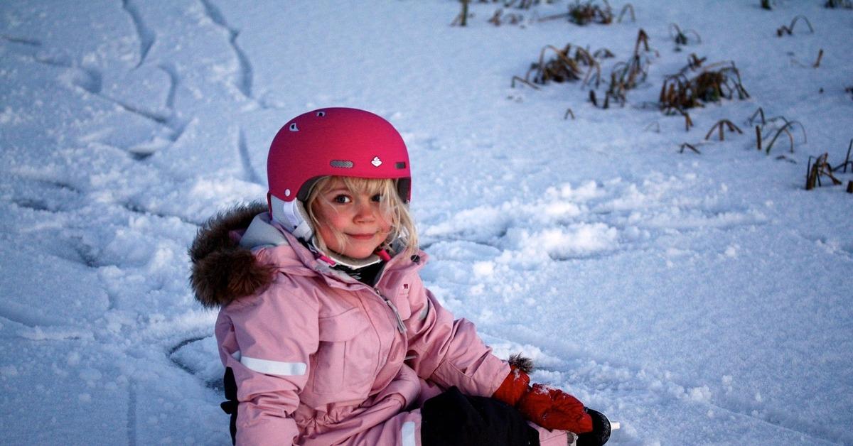 Правда и мифы о зимних комбинезонах для детей