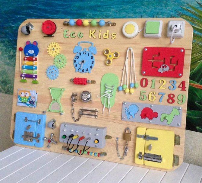 Бизиборд своими руками - интересные идеи для мальчиков и девочек, фото примеры, советы