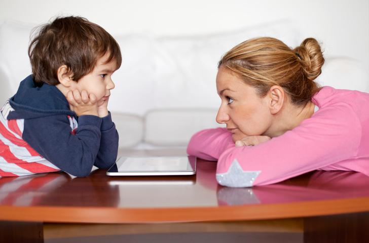 К чему приводят контроль и опека в подростковом возрасте