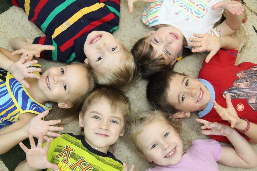 Детский сад: за и против. какого воспитателя искать. развитие ребенка и детский сад