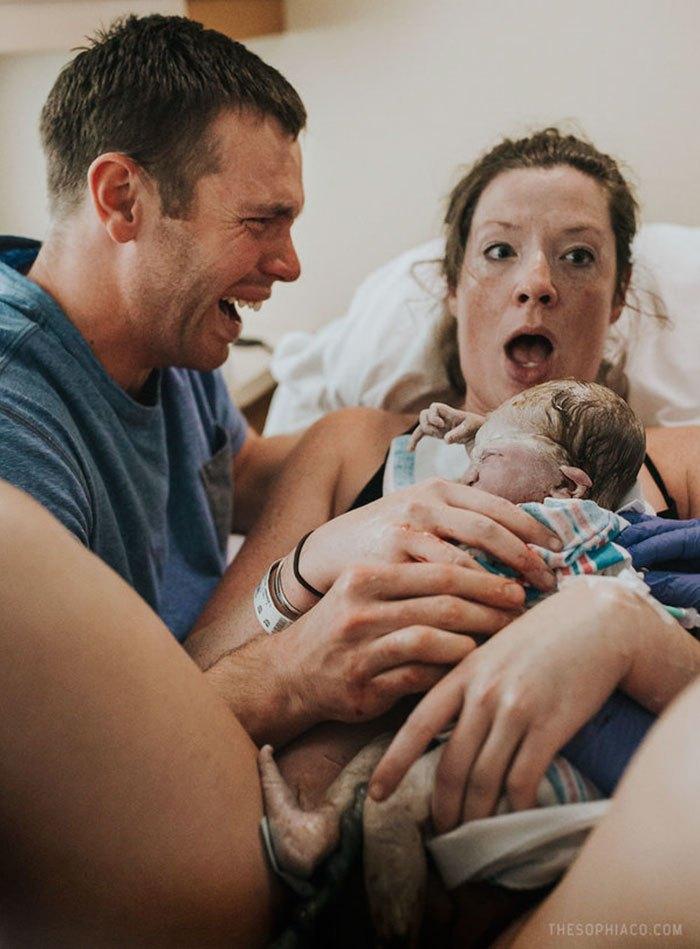 7 причин, почему нельзя звать гостей сразу после рождения ребенка