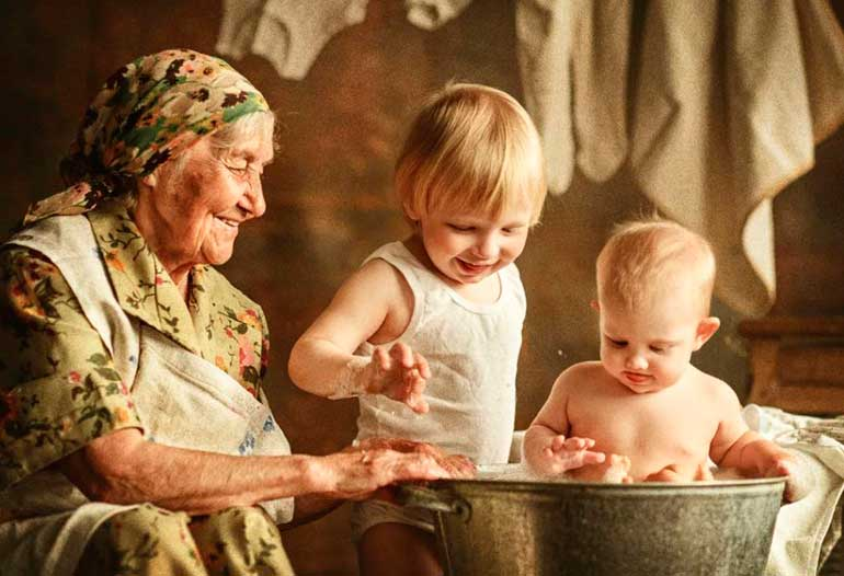 Воспитание бабушками и дедушками – благо или зло?