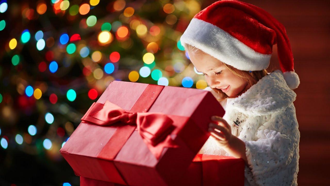 113 идей, что подарить родителям на новый год 2021