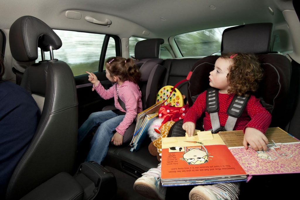 Малыши и путешествия: 10 советов родителям