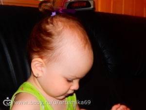 Как должны расти волосы у грудничка? | мамина любовь