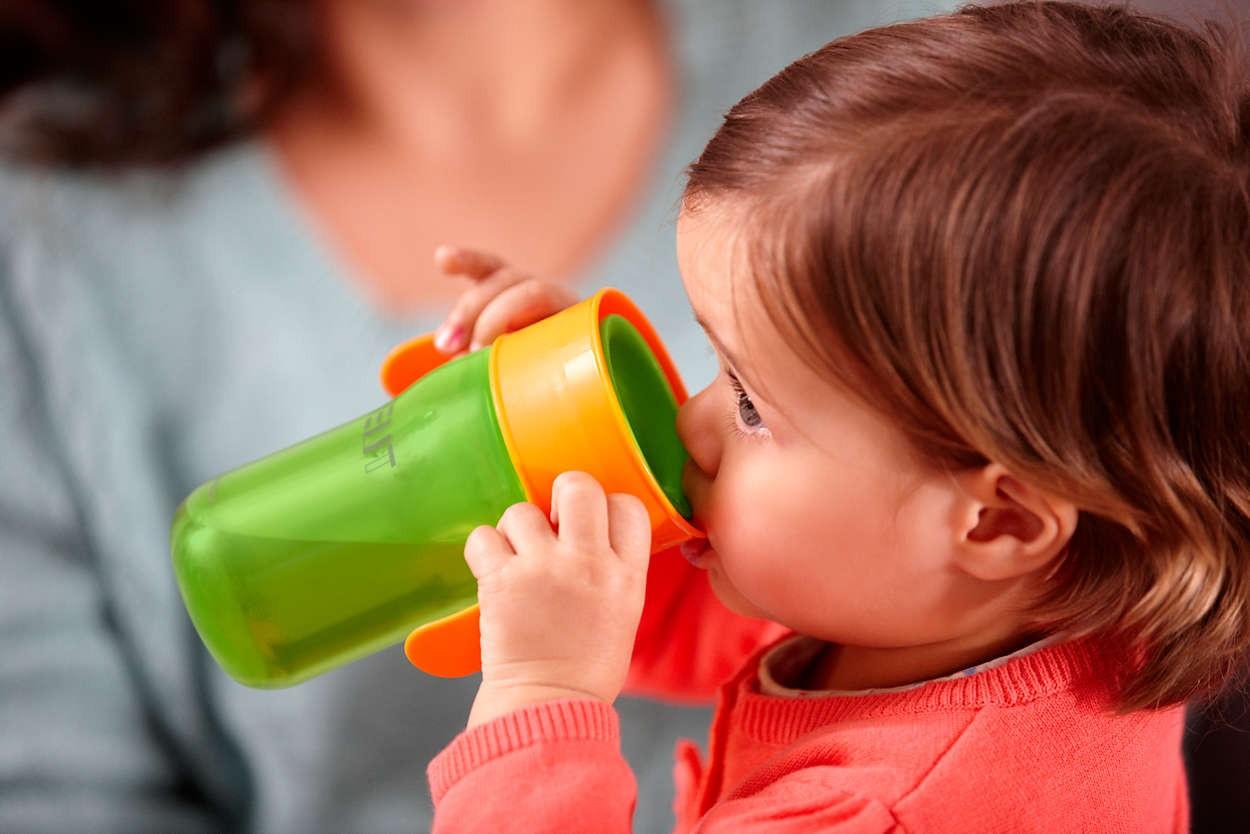 Как приучить ребенка к бутылочке после грудного вскармливания?