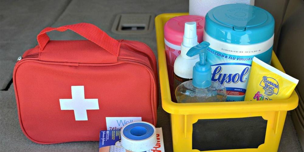 Детская аптечка – список необходимых инструментов и лекарств для детей