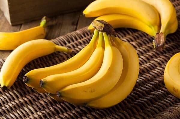 Можно ли при кормлении грудью употреблять бананы - всё о грудничках