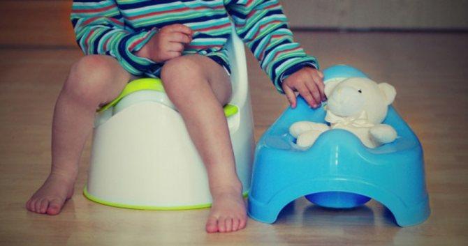 Как отучить ребёнка отпамперсов, икогда это нужно делать?