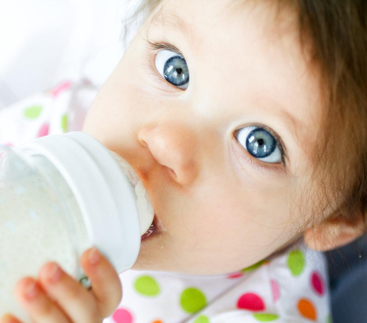 Как отучить ребенка от бутылочки, отучаем ребенка от бутылочки в 1,5, 2 года, ночью