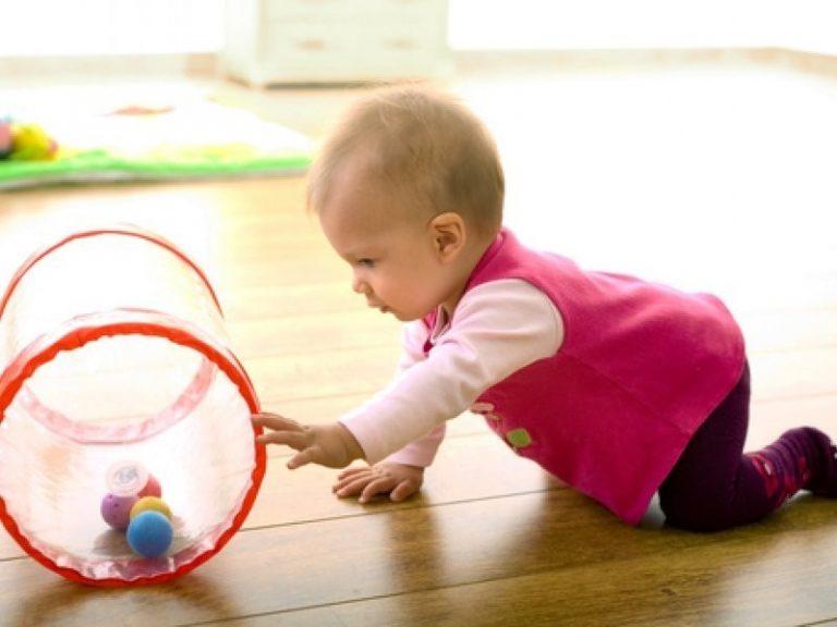 Ребёнок в 8 месяцев: календарь развития