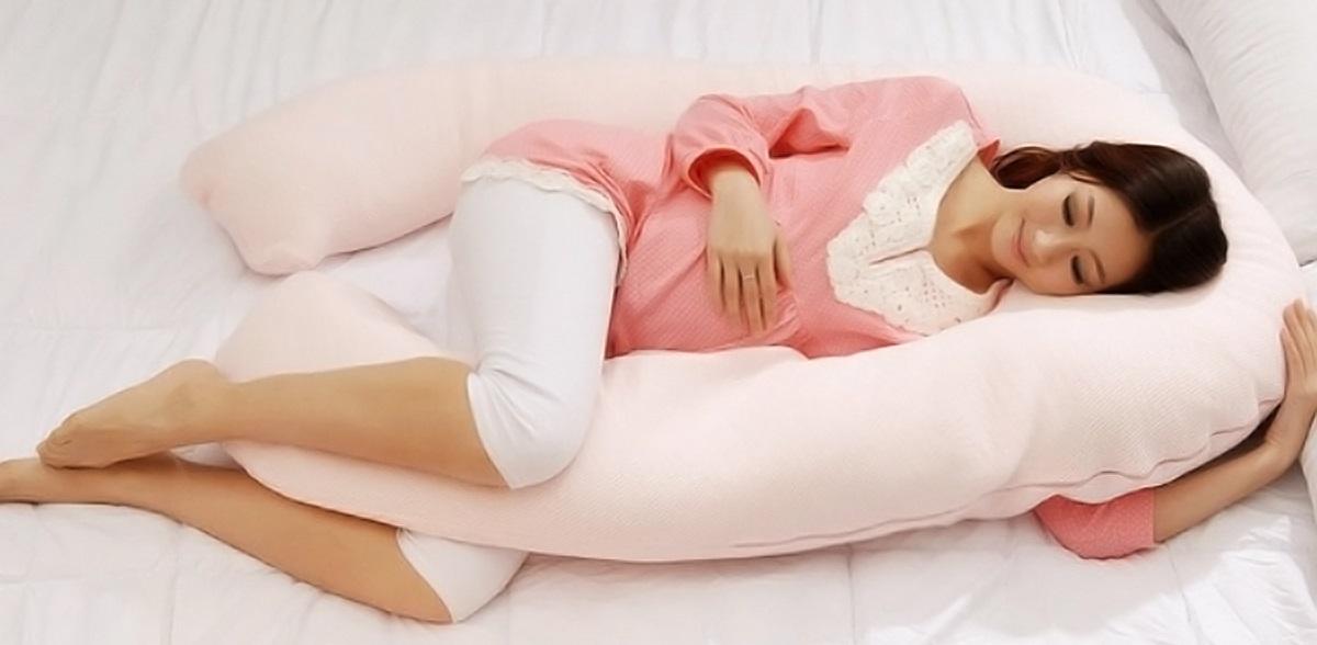 На каком боку лучше спать при беременности, почему нельзя лежать на правой стороне