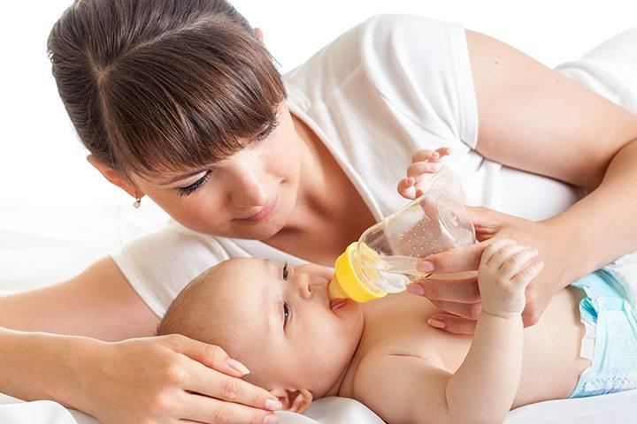 Когда можно давать воду новорожденному: рекомендации педиатров